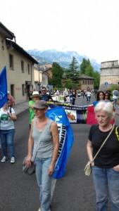 IMG 20170819 WA0065 169x300 - Manifestazione presidio per l'uccisione dell'orso Kj2 - Sabato 19 Agosto