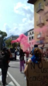 IMG 20170819 WA0072 169x300 - Manifestazione presidio per l'uccisione dell'orso Kj2 - Sabato 19 Agosto