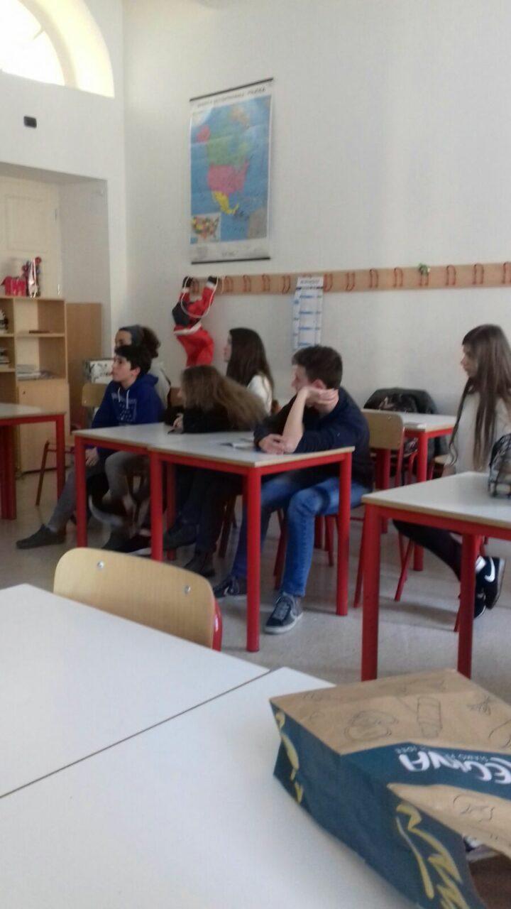 IMG 20180226 WA0021 - 20.02.2018 - Incontro con alcuni ragazzi del liceo Da Vinci di Trento per parlare delle motivazioni del veganismo - 2018-