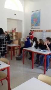 IMG 20180226 WA0023 169x300 - 20.02.2018 - Incontro con alcuni ragazzi del liceo Da Vinci di Trento per parlare delle motivazioni del veganismo - 2018-