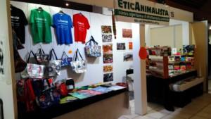 P 20181026 160314 300x169 - Tavolo informativo di Etica Animalista alla fiera annuale Fa la cosa giusta - 26-27-28 ottobre 2018 - Trento - 2018-