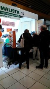 P 20181028 115941 169x300 - Tavolo informativo di Etica Animalista alla fiera annuale Fa la cosa giusta - 26-27-28 ottobre 2018 - Trento - 2018-